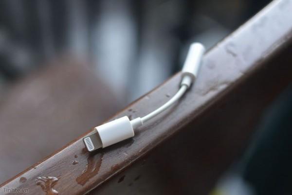 疑似iPhone 7耳机转接线曝光:只支持iOS 10